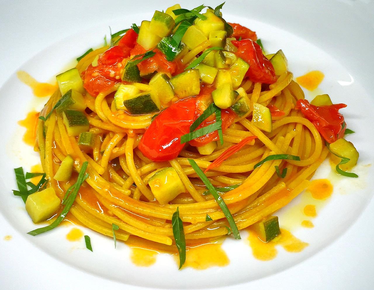Spaghetti allo zafferano mangia smart Papavasileiou